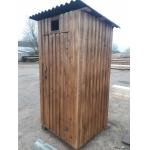 Дачный туалет из массива